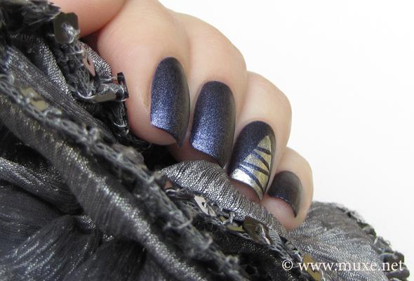Christmas nails with Xmas tree