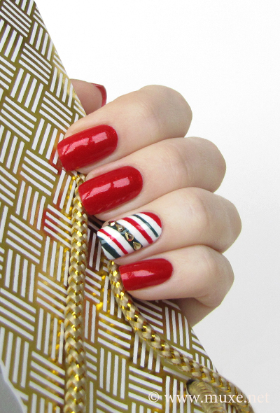 Candy cane nail design for Christmas