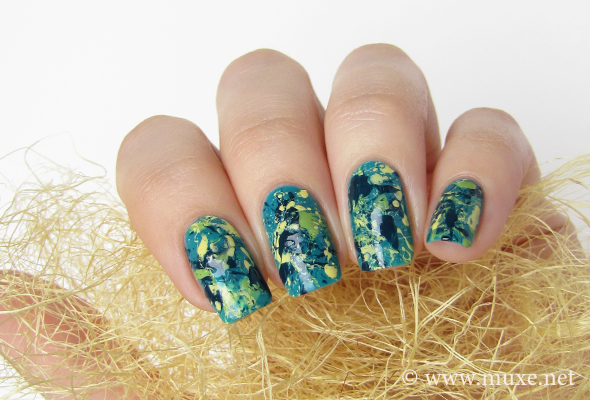 Splatter nails in teal and yellow