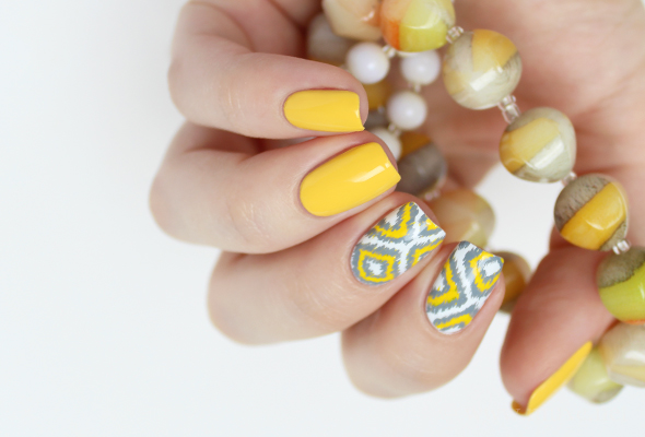 Bright ikat nail design pattern