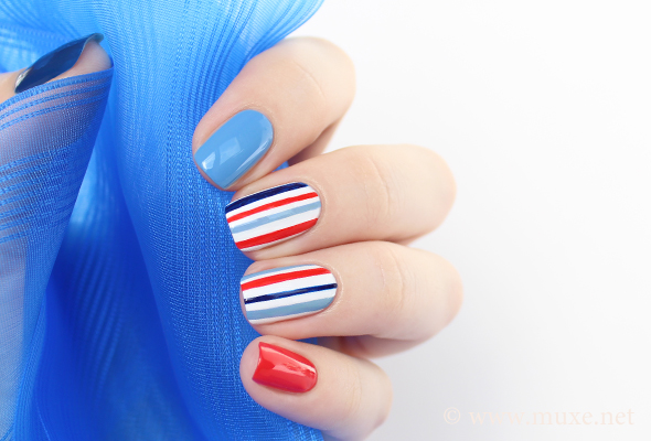 Blue and red navy stripes nail art