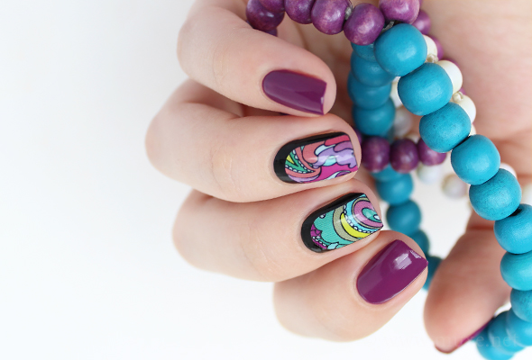 Purple paisley nail design