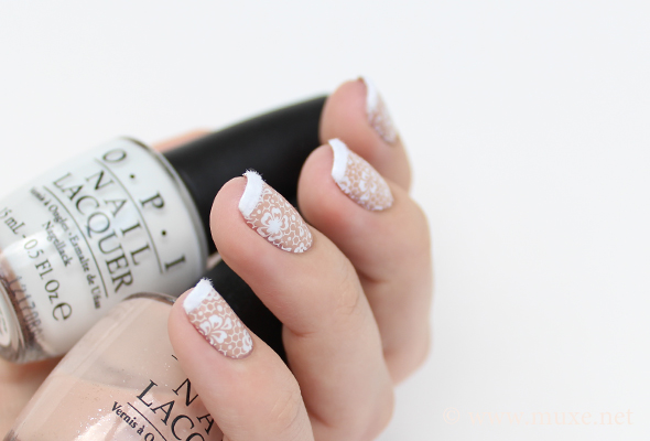 French nails design with fur