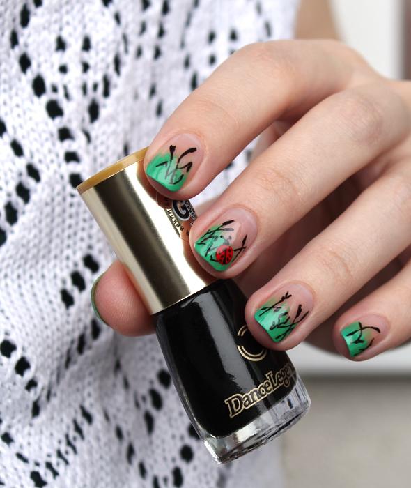 Ladybug Nail Design Maris Nail Polish Blog