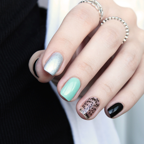 Silver mint black nails design