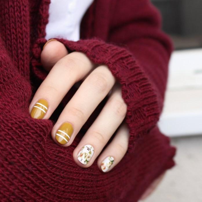 Green floral nails