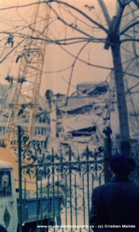 Cladire distrusa pe strada Maria Rosetti - detaliu.