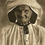 Arpașul de Jos - țărancă bătrână