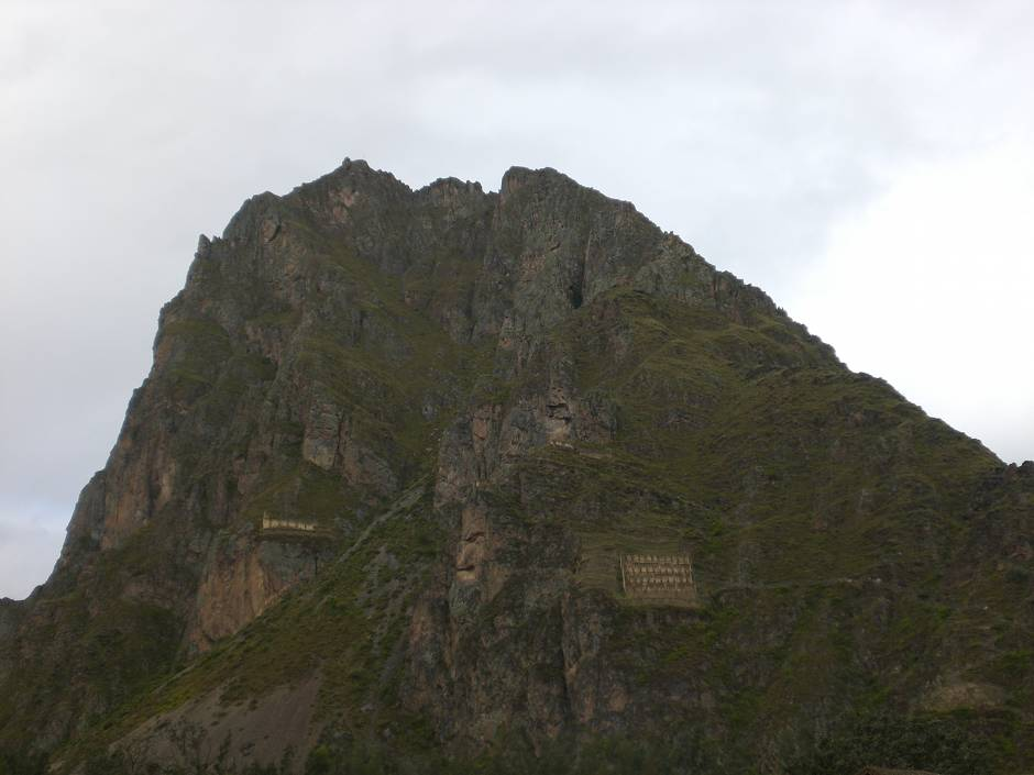 What to do in Peru? Spotting the face of the Inca in Ollantaytambo