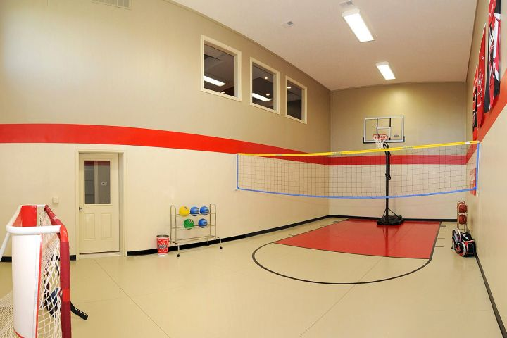 Small ball gym indoor home basketball courts