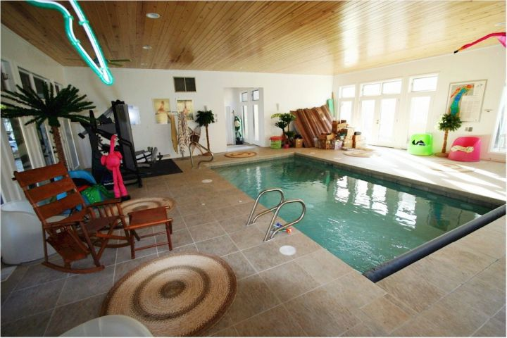 17 contemporary indoor lap pool designs ideas for Small indoor pool ideas
