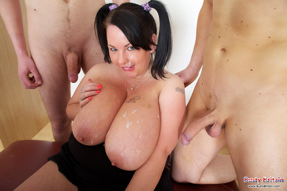 Rebecca long nice blowbang wit titfucking and cumshots on her mouth