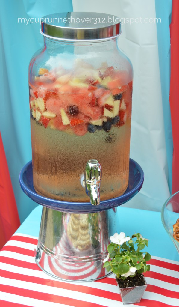 Host a Memorial Day poppy themed party and start your summer off in style!
