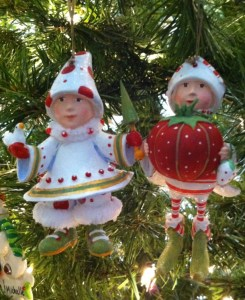 ScreenHunter 14 Nov. 29 13.07 245x300 (Ended) GIVEAWAY: Krinkles Ornaments ~ Handcrafted Ornaments by Patience Brewster
