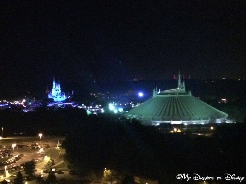 Magical Blogorail: Tackling Tomorrowland at Night!