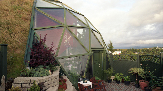 Off-the-Grid Houses5