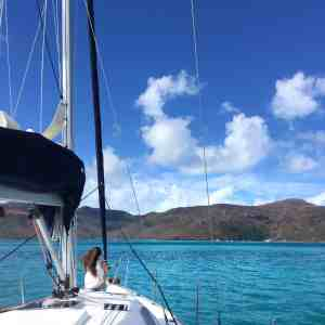 Whitsundays Islands - sailing charter boat