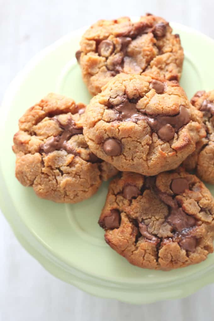 Chickpea Cookies - gluten free cookies made from chickpeas and peanut butter, with a melting Nutella centre. A great source of protein for picky eaters! ? My Fussy Eater Blog