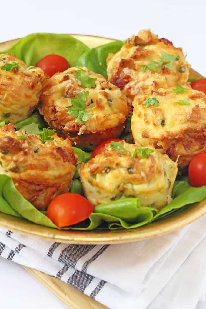 Bring leftovers back to life with these delicious mashed potato, ham, cheese and pea muffins! | My Fussy Eater blog