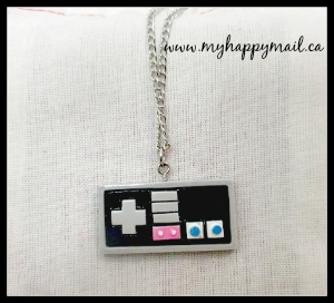 Fandom of the Month Club Subscription Box Review Nintendo Controller Necklace Super Mario Brothers Nintendo