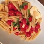 Cherry tomatoes & mozzarella pasta