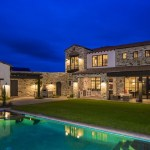 Contemporary Italian Farmhouse by Vanguard Studio Inc. 09