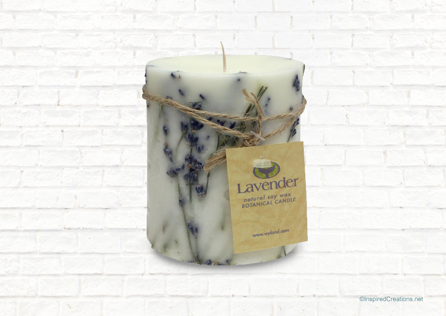 Wyland Worldwide_Lavender Candle