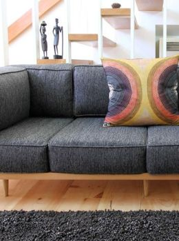 Couch or sofa? Tips for buying the right one.