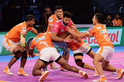 PKL 2017: Puneri Paltan hammer Jaipur Pink Panthers, move to second spot in Zone A - myKhel