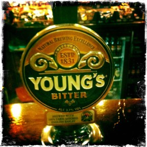 Young's Bitter – Wells & Young's (050)