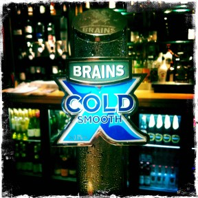 Brains Extra Cold Smooth - Brains Brewery (240)