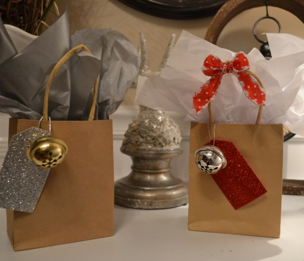 """Holiday Favor Bags"""