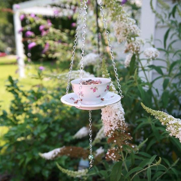 DIY Teacup Alimentador de aves - Mi así llamada vida astuta