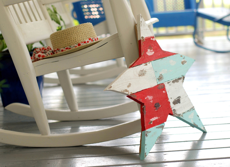 shabby painted pallet wood star