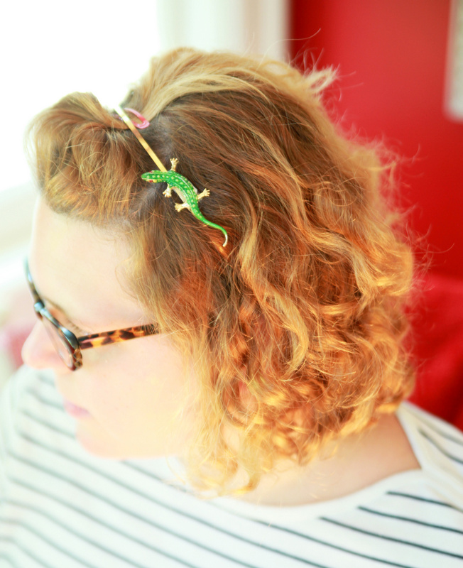 Easy DIY Vintage Brooch Hair Accessories