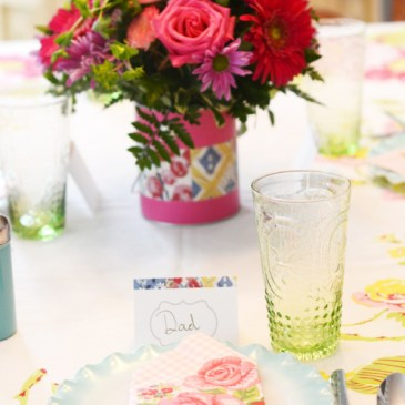 Beautiful Vintage Style Mother's Day Table with Free Printable!