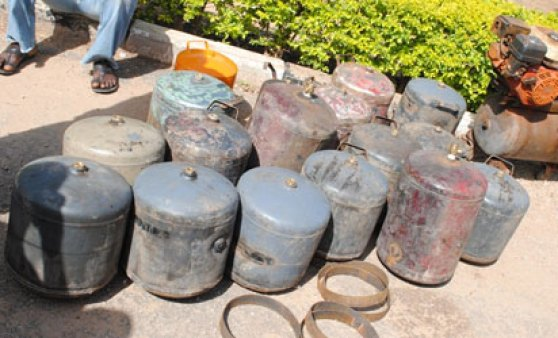 bombs BREAKING NEWS!! Police Defuse Bomb Near Jos Primary School