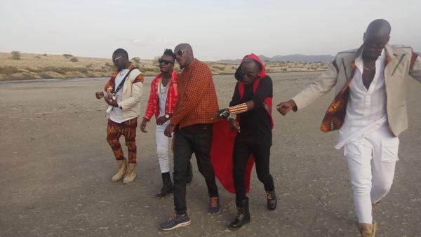 2Baba-Sauti-Sol-Oya-Make-We-Go-Video-Shoot-Naijaloaded-6-600x338