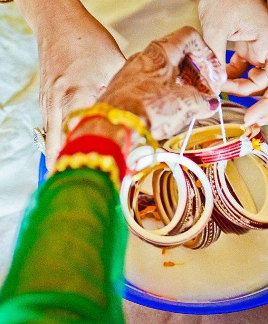 Kshitija-Chuda-Ceremony-Indian-Wedding-Photographer-Naina-Knottytales-08.jpg