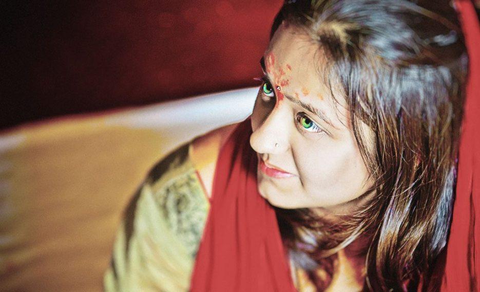 Kshitija-Chuda-Ceremony-Indian-Wedding-Photographer-Naina-Knottytales-12.jpg