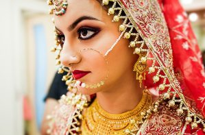 Lakme-Salon-Knottytales-Beautiful-Brides-Nikah-Naina-21.jpg