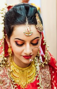 Lakme-Salon-Knottytales-Beautiful-Brides-Nikah-Naina-22.jpg