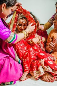 Lakme-Salon-Knottytales-Beautiful-Brides-Nikah-Naina-33.jpg