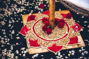 Tarun-Tahiliani-Bridal-Couture-Wedding-Wear-Fashion-Designer-Photographer-Naina-Knottytales-03.jpg