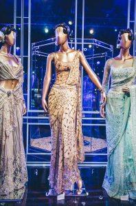 Tarun-Tahiliani-Bridal-Couture-Wedding-Wear-Fashion-Designer-Photographer-Naina-Knottytales-18.jpg