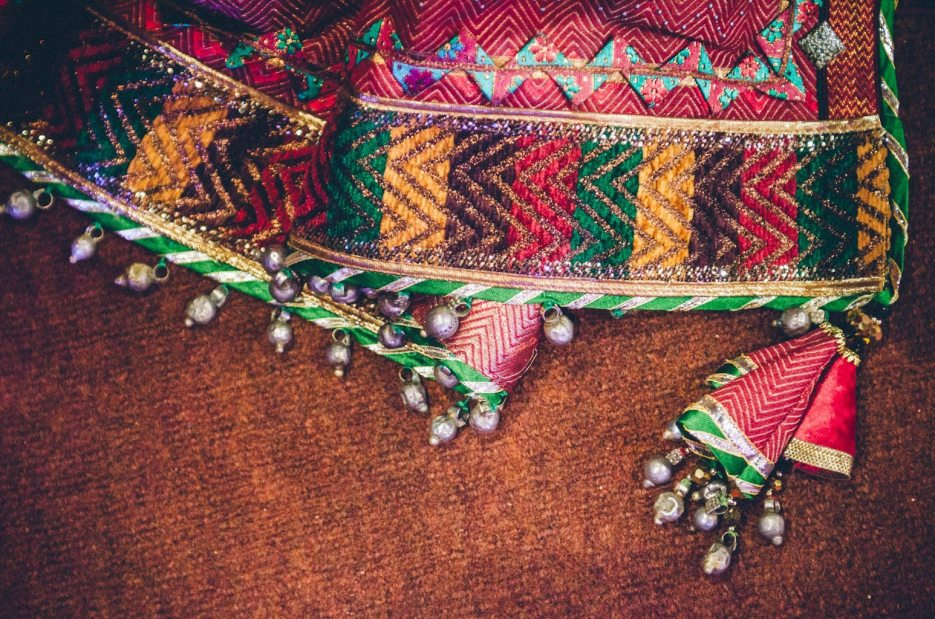 Tarun-Tahiliani-Bridal-Couture-Wedding-Wear-Fashion-Designer-Photographer-Naina-Knottytales-38.jpg