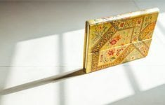 paperblanks-diary-naina-photographer-thumb