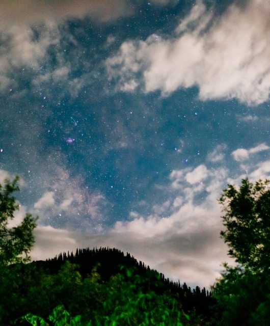 EyesForDestinations : Timelapse of Kashmiri Night Sky : Naina.co Luxury & Lifestyle, Photographer Storyteller, Blogger.