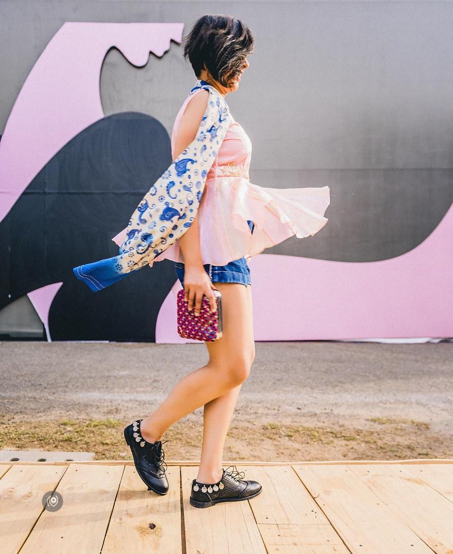 #CoverUp 65, #AIFWAW16, Amazon India Fashion Week Autumn Winter 2016, Varun Bahl, Hemant Nandita, Pushpak Vimaan, Crazy Palette, Naina.co, Naina Redhu, Luxury Photographer, Lifestyle Photographer, Luxury Blogger, Lifestyle Blogger, Experience Collector, Personal Style, #MadeInIndia, #CoverUp