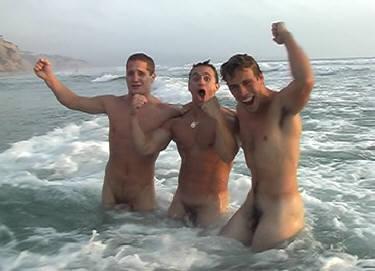 gay men threesome